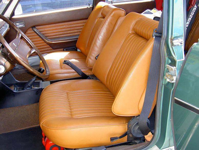 Wir renovieren jegliche Arten von Autositzen.